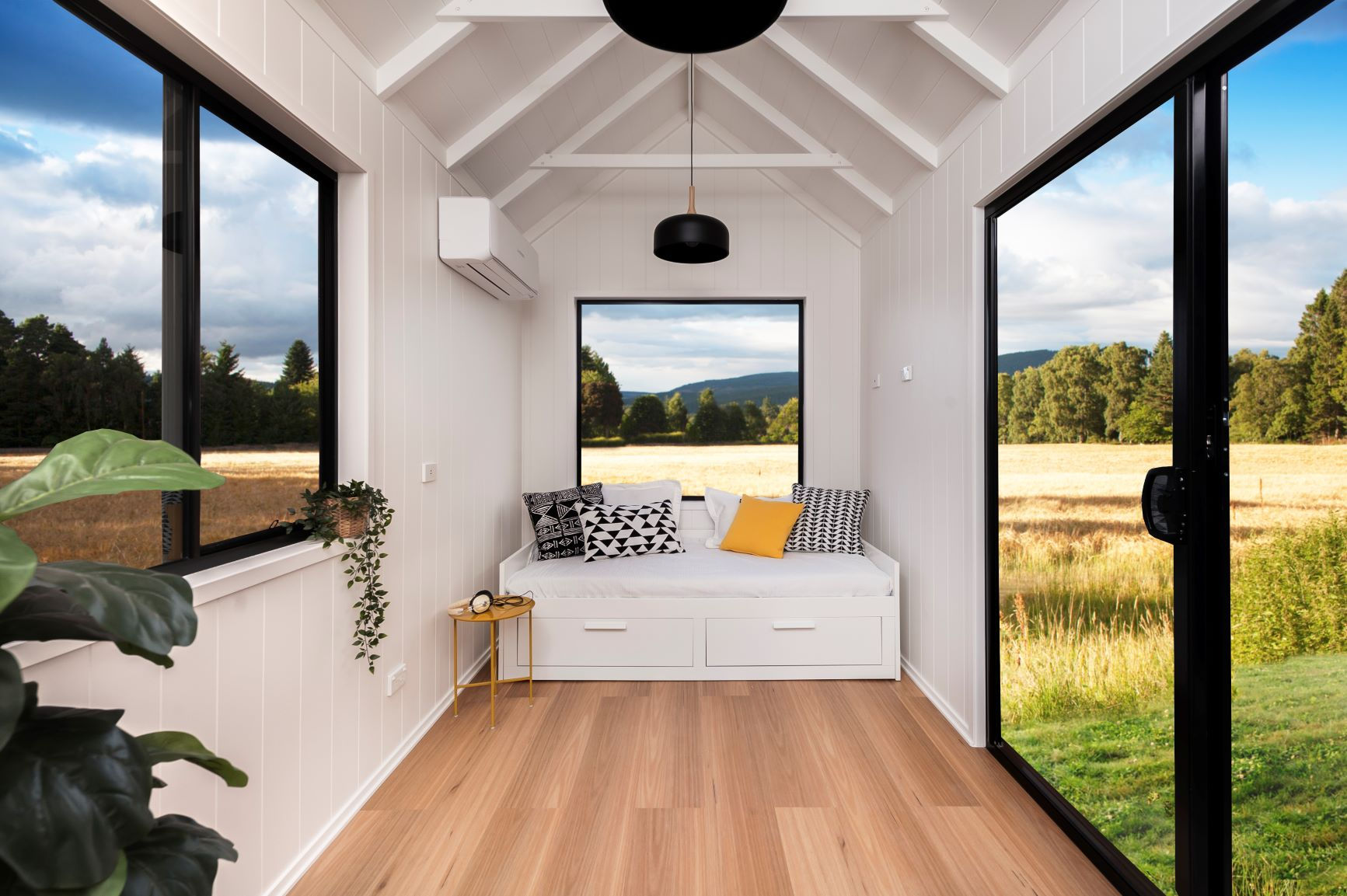 Tiny Houses Daybed