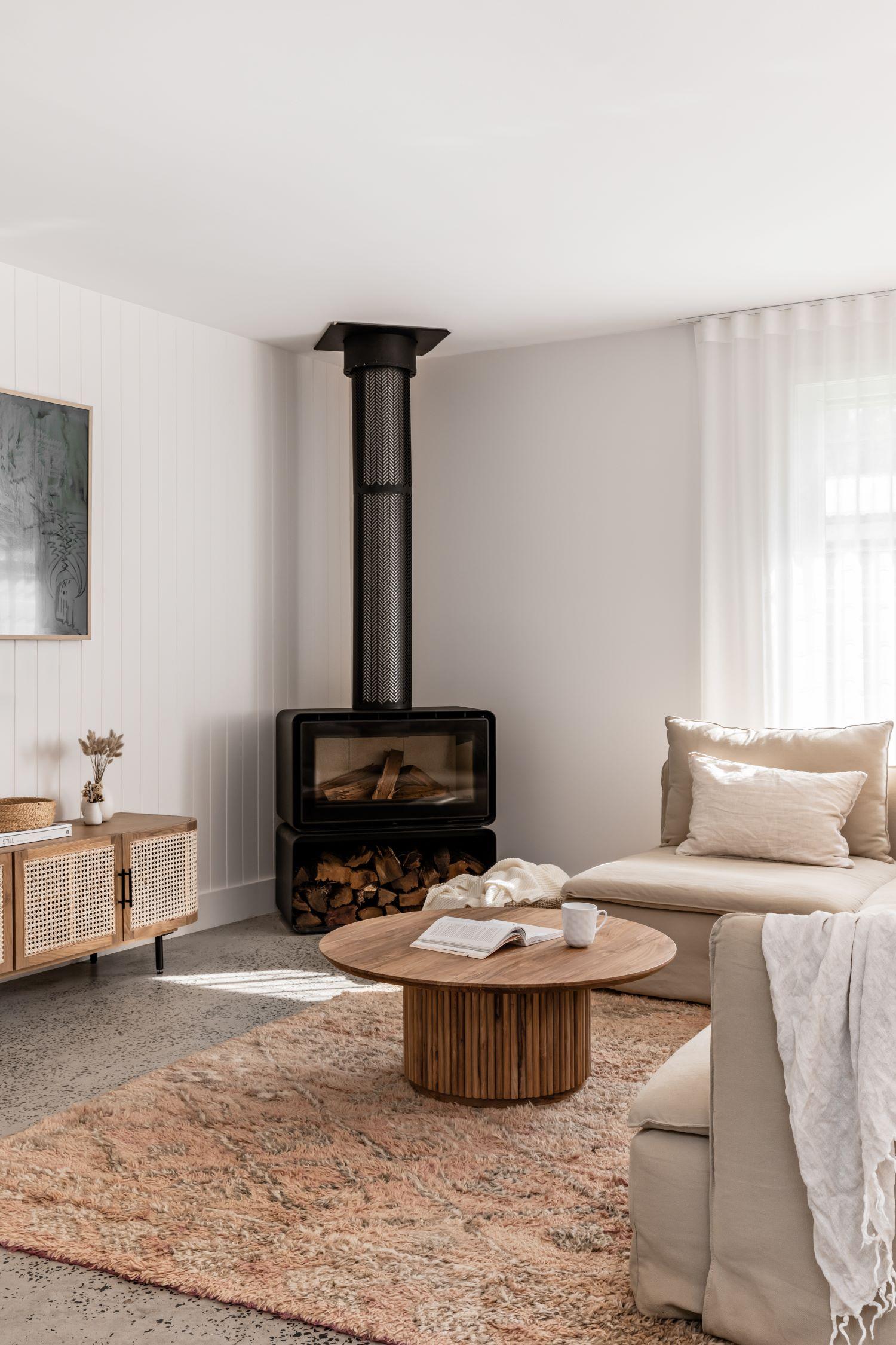 berkeley-vale-cottage-ama-studio-interiors-renovation-fireplace