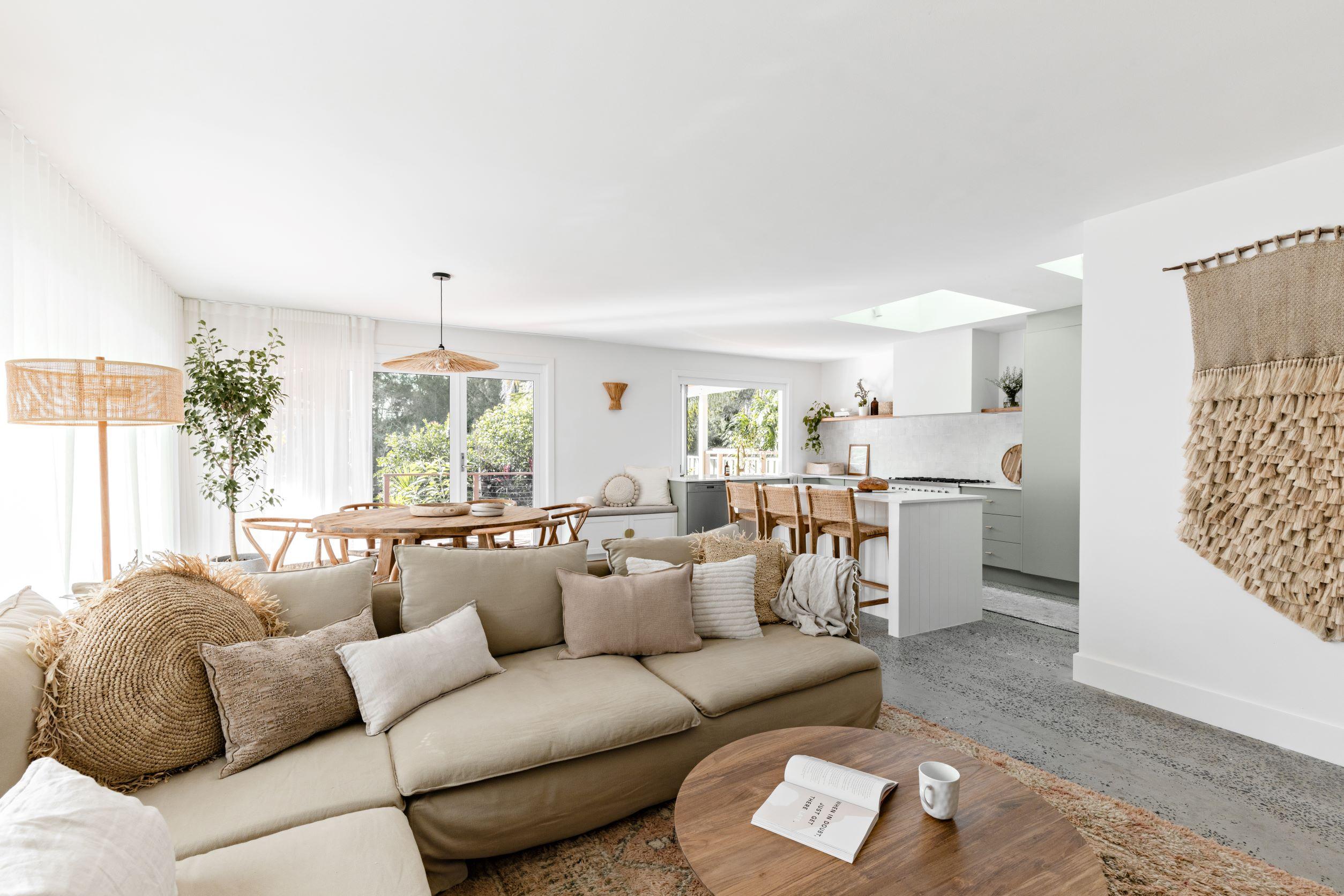 berkeley-vale-cottage-ama-studio-interiors-renovation-living-room