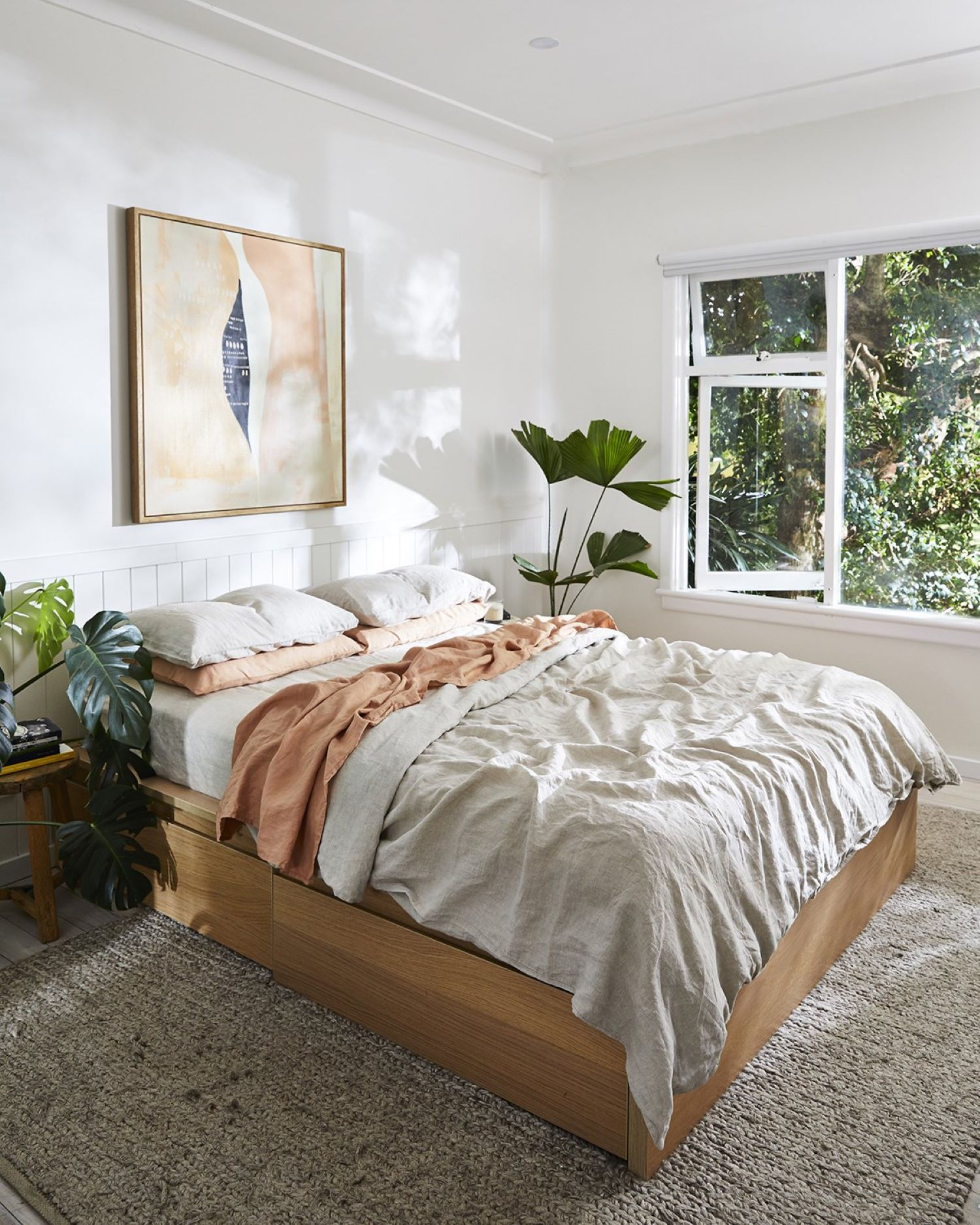 coastal style guide - bed threads linen sheets