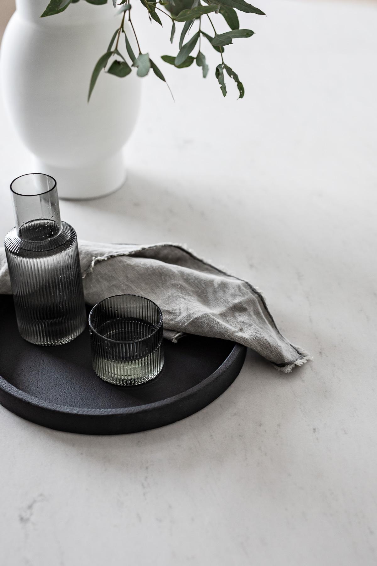 tameka-moffat-design-modern-dining-table-styling