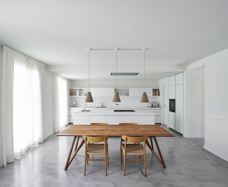 wabi-sabi-minimal-kitchen