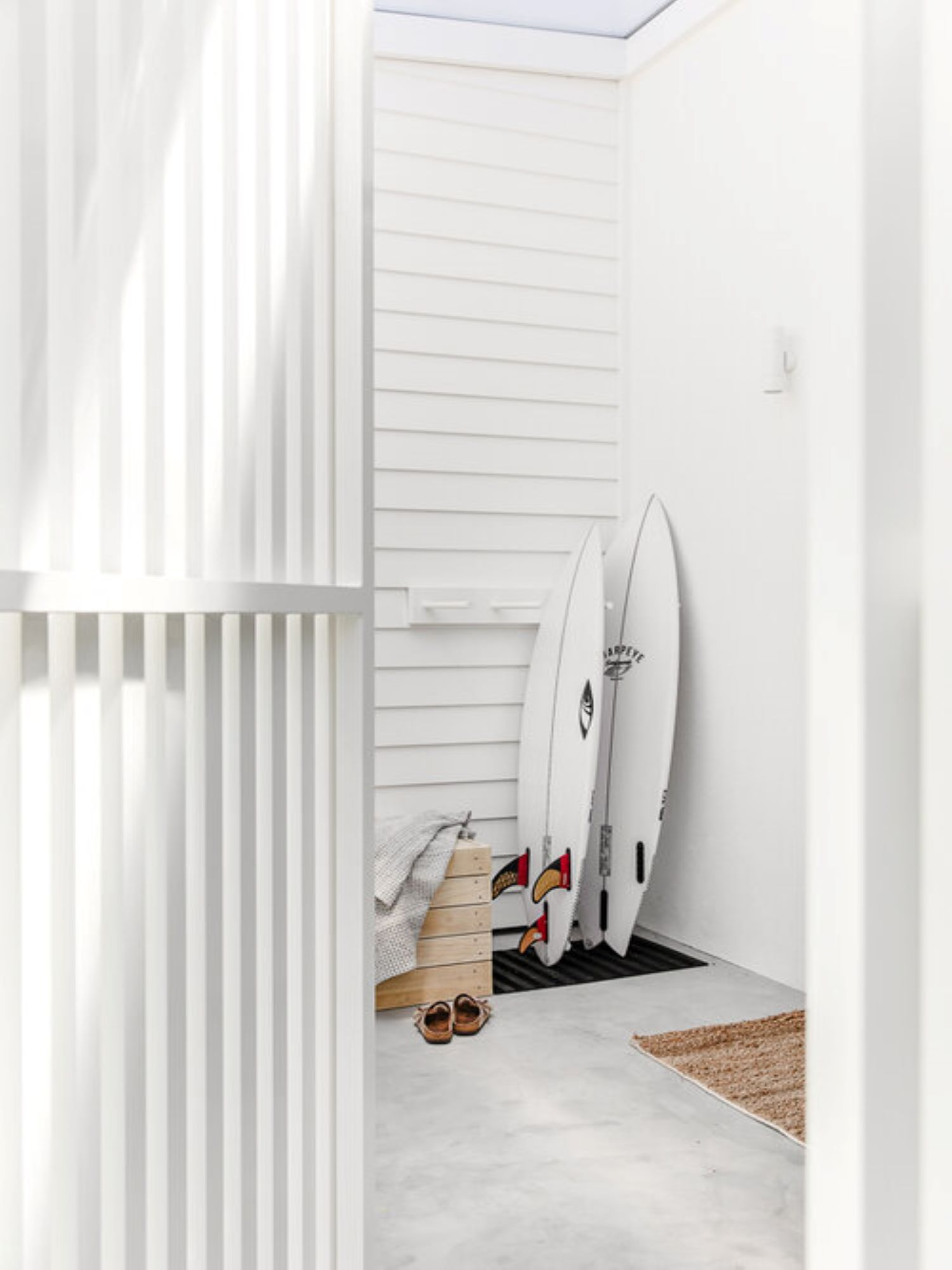 noa-by-the-beach-exterior-surfboards