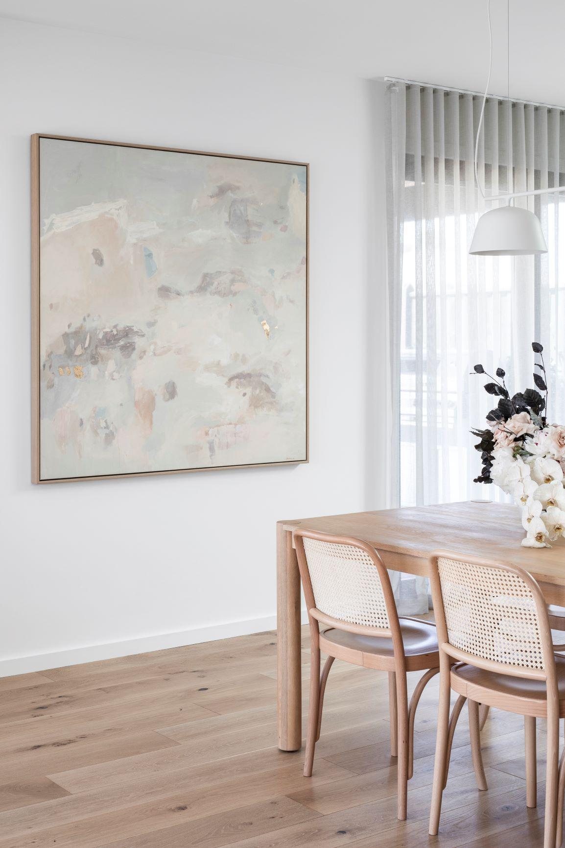 coco-camellia-interior-dining-set