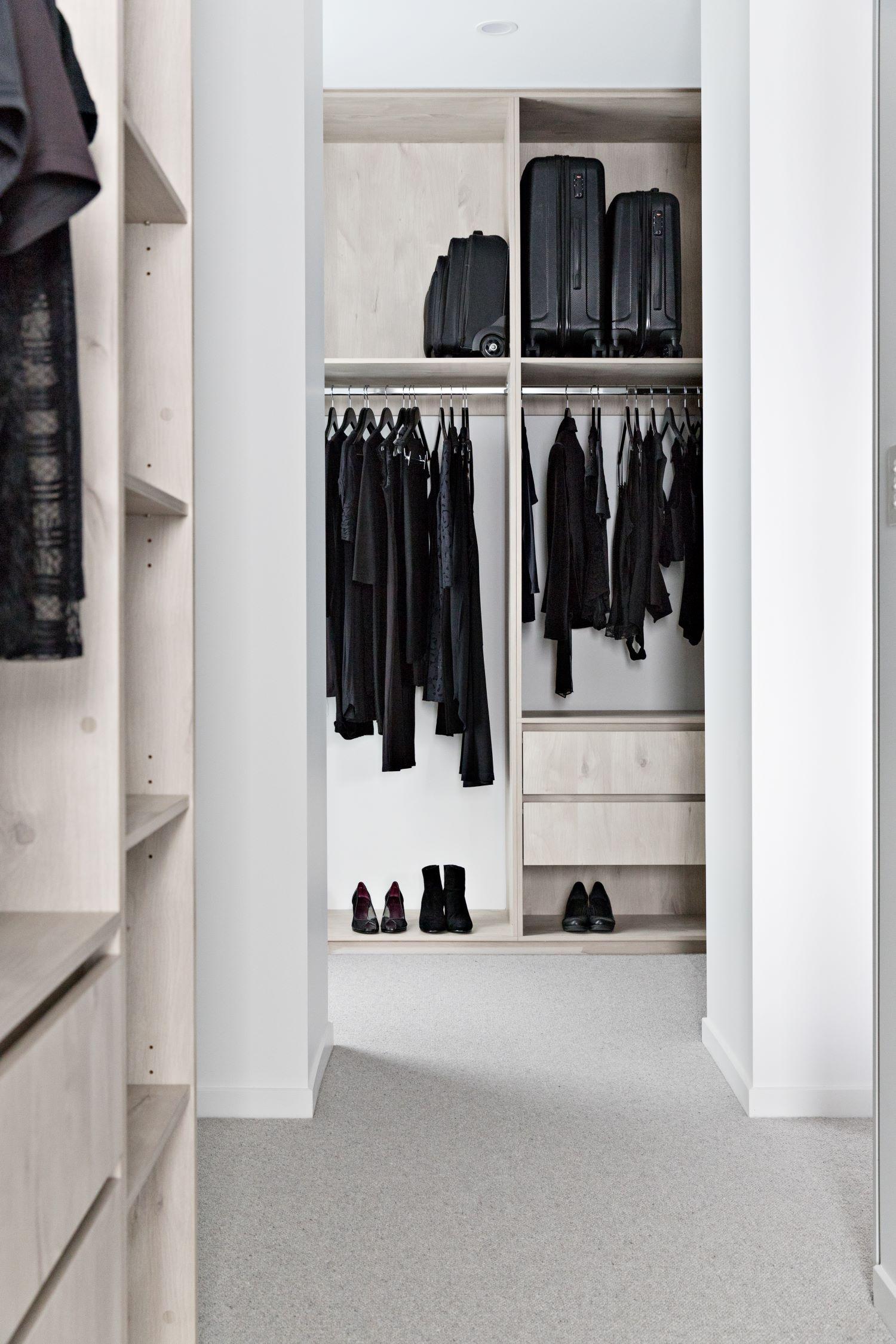 zephyr-stone-interior-design-influencers-wardrobe-design